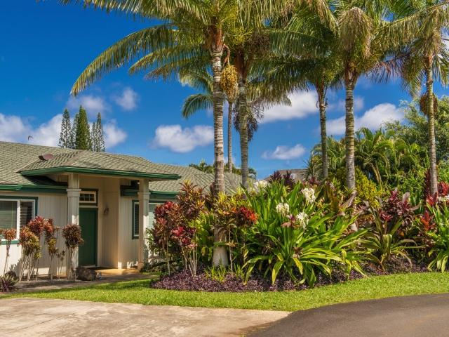 Entry from driveway - Family Friendly 5 BR 3 BA Custom Home One Level!!! - Princeville - rentals