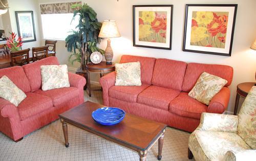 Plush Seating in Living Area - f2f320fa-0e88-11e3-9797-b8ac6f94ad6a - North Myrtle Beach - rentals