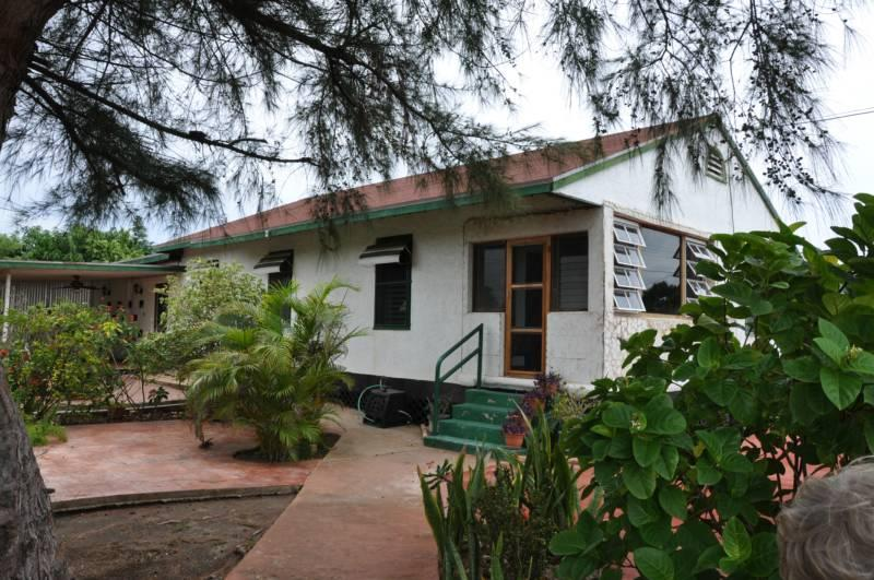 House-Minutes from Baby Beach & Kitesurfing beach! - Image 1 - San Nicolaas - rentals