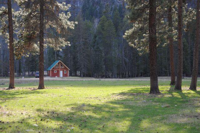 Cottages by the River - Fully Furnished Riverside Cottages! - Grand Forks - rentals