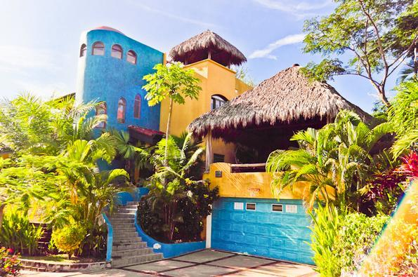 Casa Exotica: Front View - Perfect 4 Families! Ocean View BOOK 5 Nights get 3 - Esterillos Este - rentals