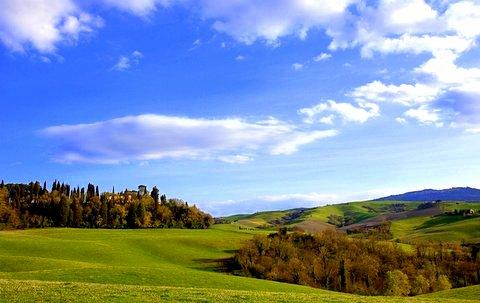 The property is set in acres of idyllic countryside - Tuscan villa with pool and majestic views sleeps 1 - Tuscany - rentals