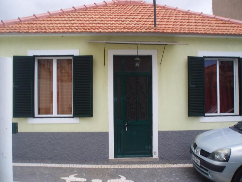 House in the center of Funchal-Madeira. 5 minutes walk from the center. with garage - Image 1 - Funchal - rentals