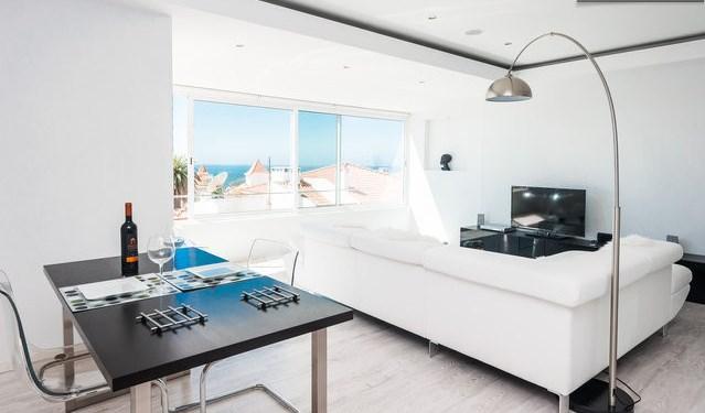 BEACH APARTMENT, ESTORIL, CASCAIS, LISBON - LUXURY - Image 1 - Estoril - rentals