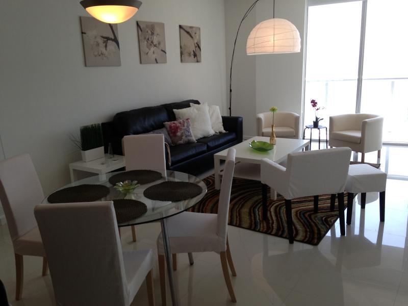 Brickell Viceroy/Icon 1 bed + 1 bath +  Den - Image 1 - Coconut Grove - rentals