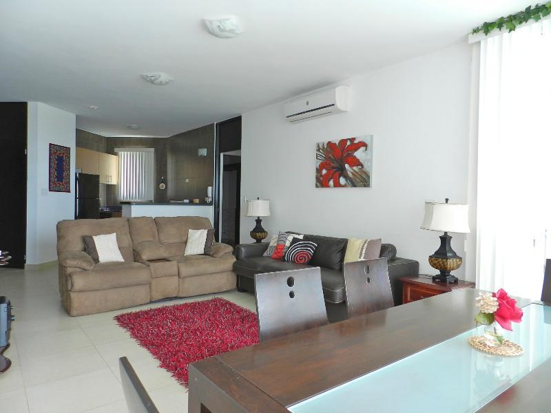 F2-7C, 2 bedroom luxury condo. 7th floor view - Image 1 - Farallon - rentals
