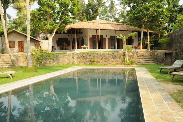 view from the lake - Villa Lula. Lake-side 4 bed with pool and staff. - Galle - rentals
