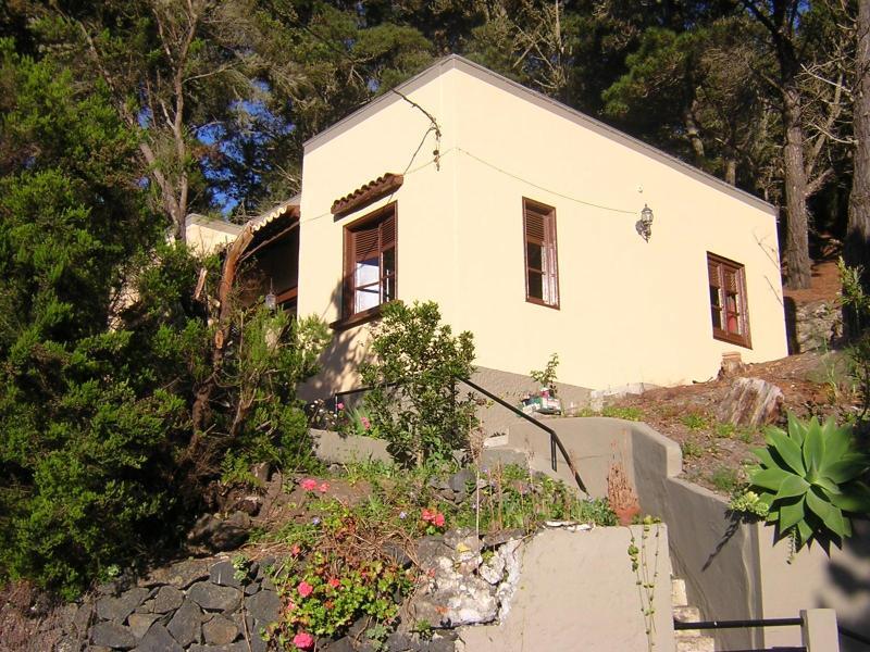 Facade from the parking - La Palmita Cottage - Santa Cruz de Tenerife - rentals