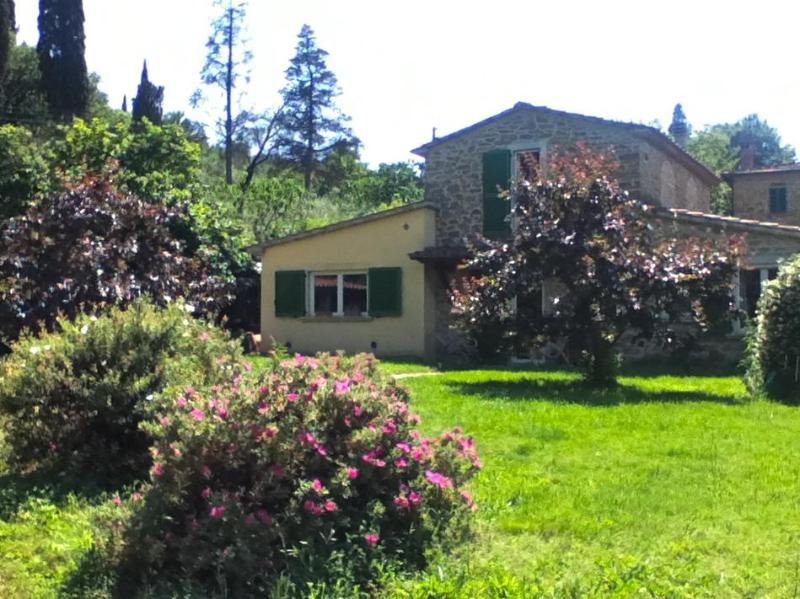 exterior - Lovely Tuscan farmhouse (sleeps 6) - Arezzo - rentals