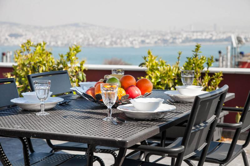 3BR★2BA★PENTHOUSE★PRIVATE TERRACE★SEA VIEW★GALATA! - Image 1 - Istanbul - rentals