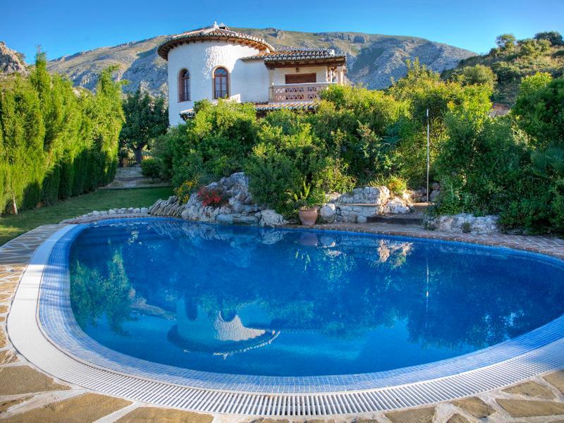 Holiday Villa in El Chorro Rocabella - Image 1 - Alora - rentals