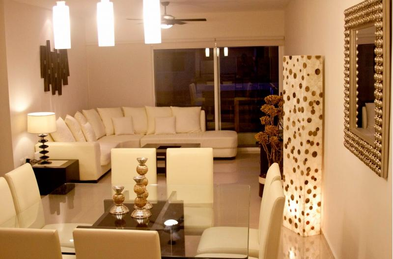 Beautiful 2BD Penthouse in Sabbia - Image 1 - Playa del Carmen - rentals