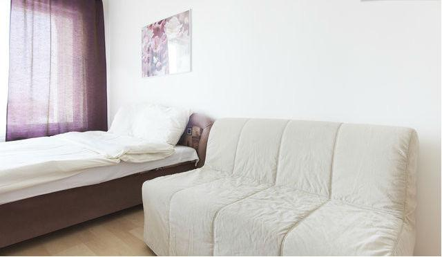 Bright apartment close to subway - Image 1 - Prague - rentals