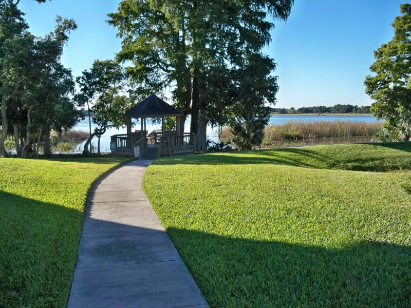 Relax at the gazebo on the way to the dock on Lake Lulu - Winter Haven vacation furmished condo - Winter Haven - rentals
