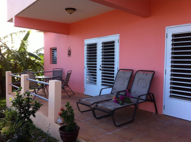Terrace overlooking the ocean - Villa Tres Palmas, Walk to Beach, OceanView - Isla de Vieques - rentals