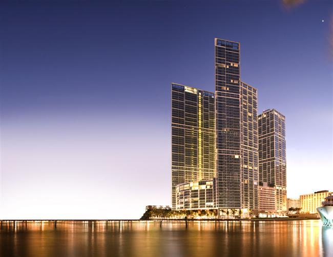 Building - STUNNING 2 BD APT ON ICON BRICKELL, DOWNTOWN MIAMI - Coconut Grove - rentals