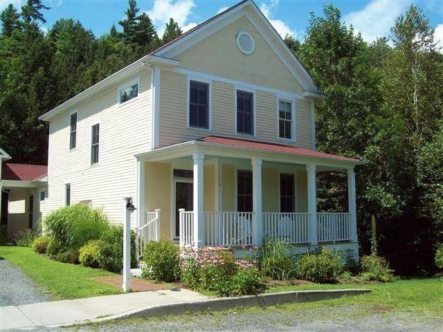 Exterior - Luxurious River Front Home - Stowe - rentals