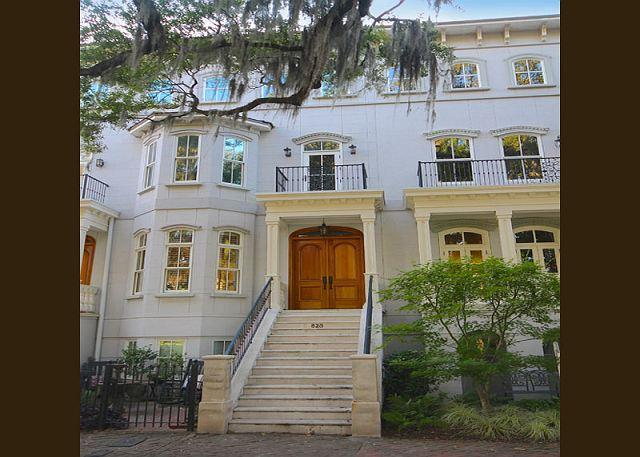 Grand Entrance - Award winning five story 3 BR home w/Elevator + garage on Forsyth Park - Savannah - rentals