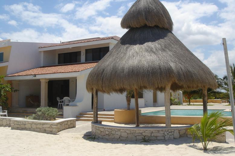 Uaymitun Beachfront Vacation W/ Pool - Image 1 - Chicxulub - rentals
