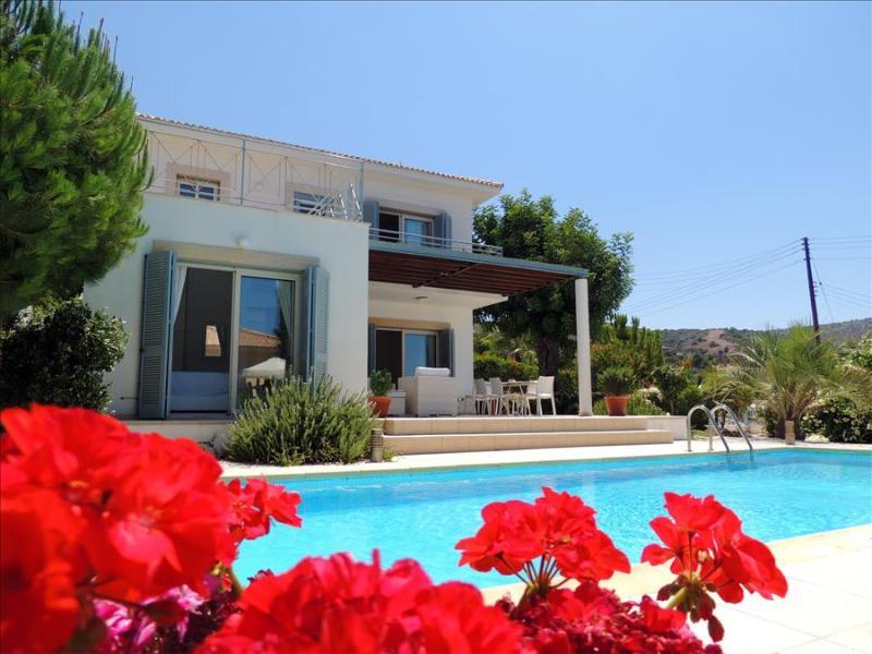 Villa Carob Tree - Image 1 - Neo Chorion - rentals