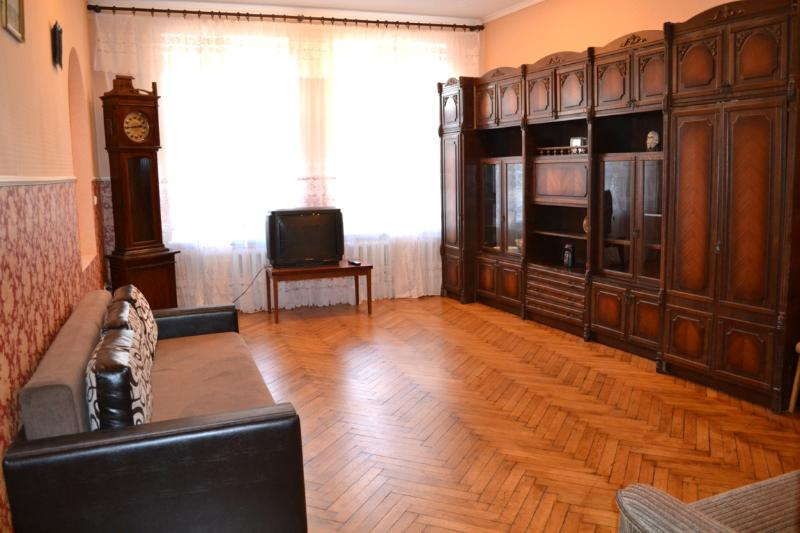 Big 3 bedroom apartment in the centre of Kharkov - Image 1 - Kharkiv - rentals