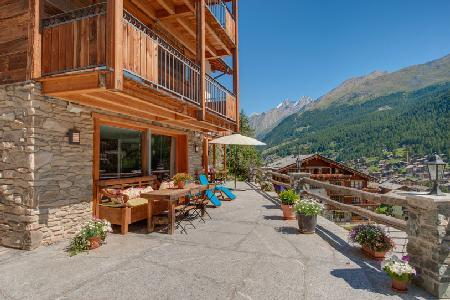Unique hillside Chalet Ibron boasts spectacular views and 200m from the Matterhorn Express - Image 1 - Zermatt - rentals