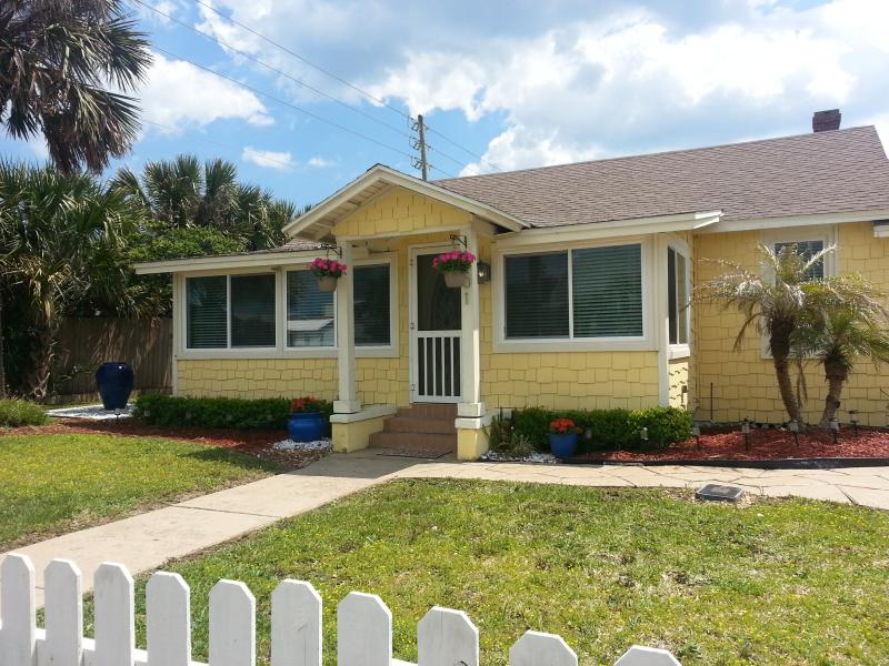 Welcome to Surfside Retreat - Surfside Retreat in St. Augustine/Vilano Beach - Saint Augustine - rentals