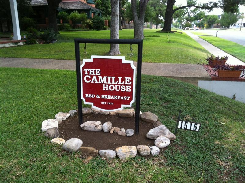 The Camille House - Camille House Bed & Breakfast - Waco - rentals