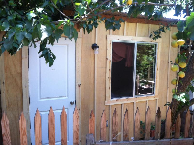 Meiners Oaks Retreat: Hidden Cabin - Image 1 - Ojai - rentals