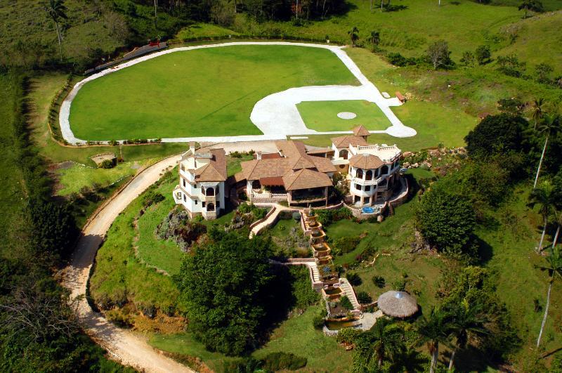 Golden Dolphin Mansion - Breathtaking Ocean View - Image 1 - Cabrera - rentals
