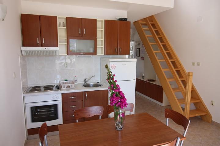 Seaside Village - apartment Kaktus - Image 1 - Cove Makarac (Milna) - rentals