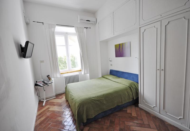 Apart-studio Val - Studio Val, ideal for a creative or short stay - Naples - rentals