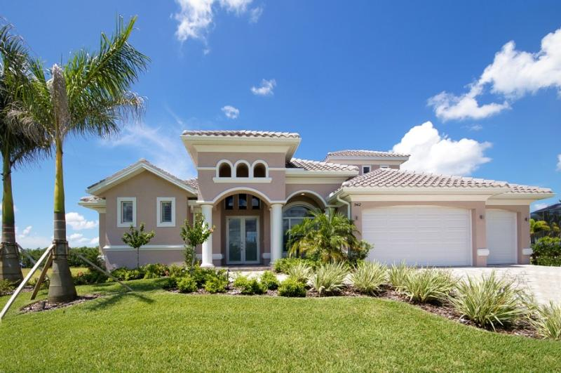 Villa Royal Sunset - High End Home on the Spreader - Image 1 - Cape Coral - rentals
