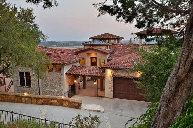 3 Story Spanish Vila with panaromic Lake views - LAKE TRAVIS SPANISH VILLA /INCREDIBLE LAKE VIEWS/S - Austin - rentals