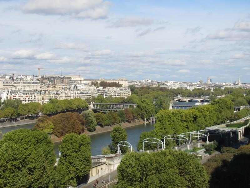 View from living room - Spectacular view of seine river and Eiffel tower f - Paris - rentals