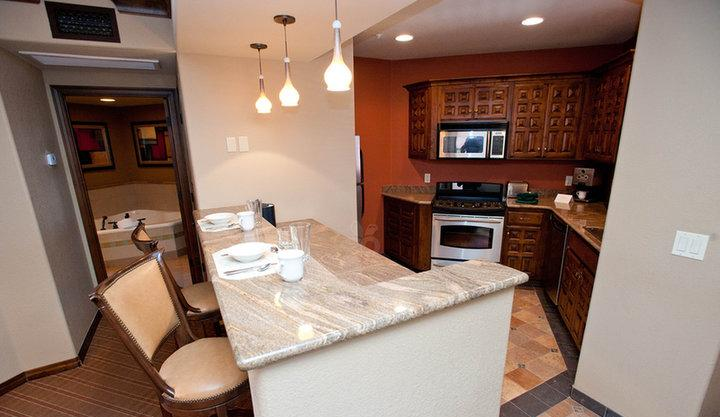 2 Bedroom Mesa Suite Kitchen - Spacious 2 BR/2BA Condo -Sedona Summit Resort. Red - Sedona - rentals