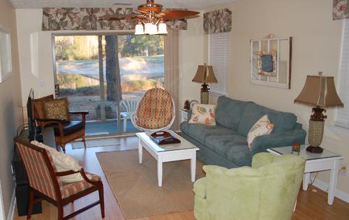 Spacious Living area - Nice True Blue Golf Course 3BR Condo - Pawleys Island - rentals