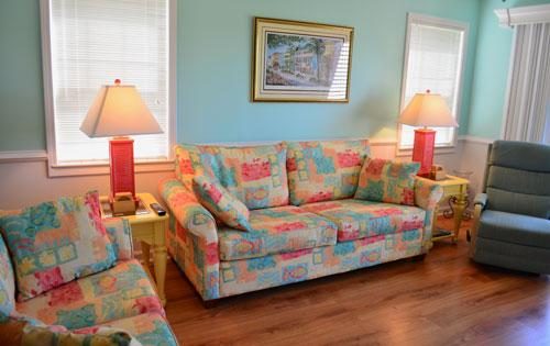 Spacious living area - Colorful True Blue 3 BR condo!! - Pawleys Island - rentals