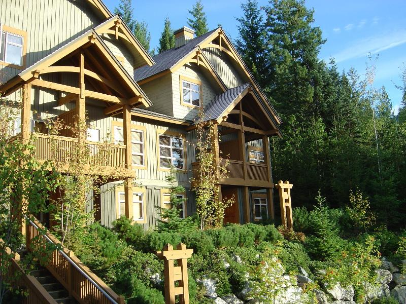 Our 3 Bed Mountain Star Townhome - Gorgeous 3 Bed Ski in/out Mountain Star Property - Whistler - rentals