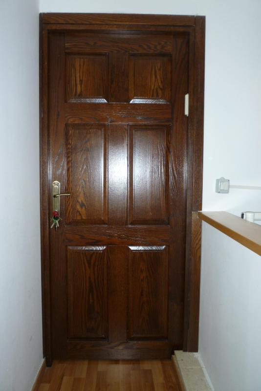 MAIN ENTRY - Jerusalem Appartment Close To All Major Sites - Jerusalem - rentals