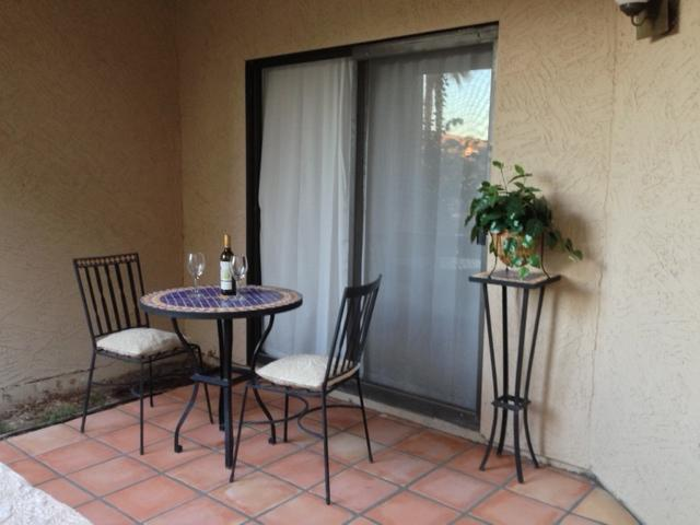 Glass of wine in the patio? - Relax in the heart of Scottsdale peaceful retreat! - Scottsdale - rentals