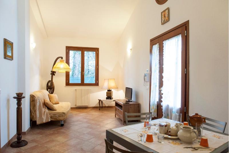 Living Room - Soggiorno - Beautiful 2 Bedroom House in Pisa, Italy - Marina di Pisa - rentals