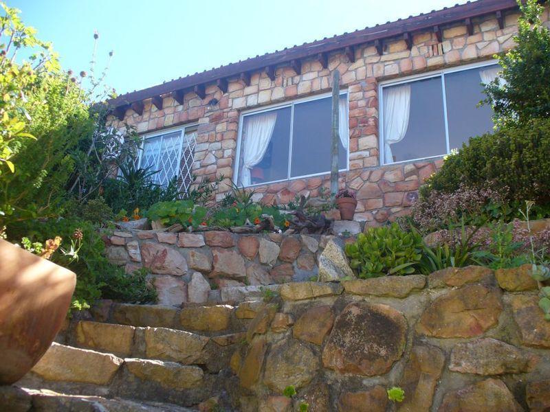 Steps leading up to cottage - Sunrise Vista Muizenberg - Muizenberg - rentals