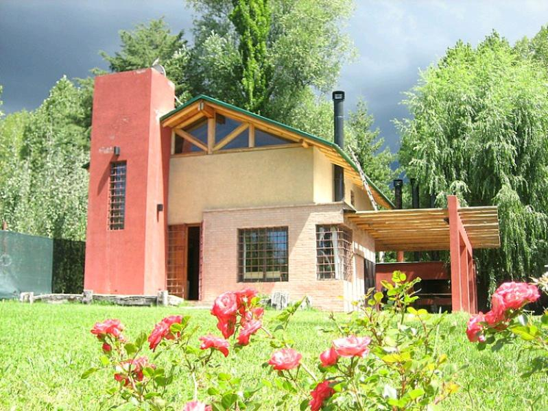 Vista Frente / Front View - Beatiful house in the mountain !!! Mendoza - Mendoza - rentals