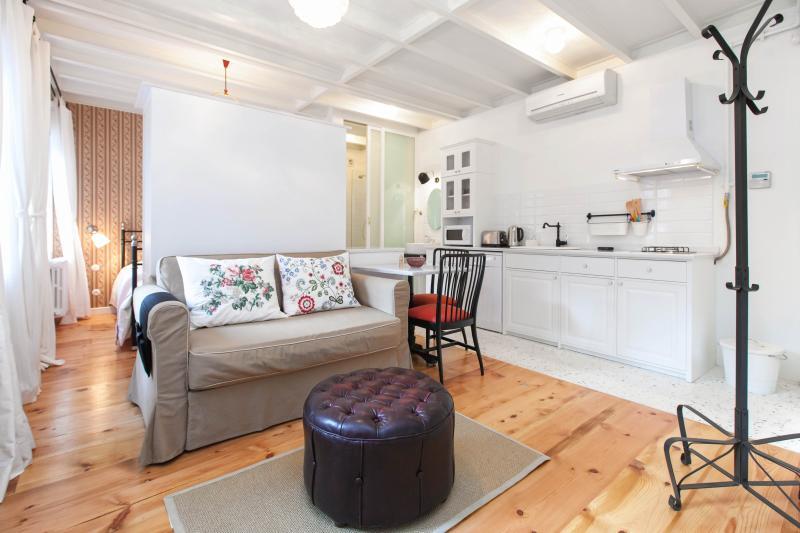 KLIMT | stylish & comfortable 1 BED! - Image 1 - Istanbul - rentals