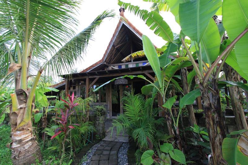 Balian Beach Villa - Surfs Up - Image 1 - West Sulawesi - rentals