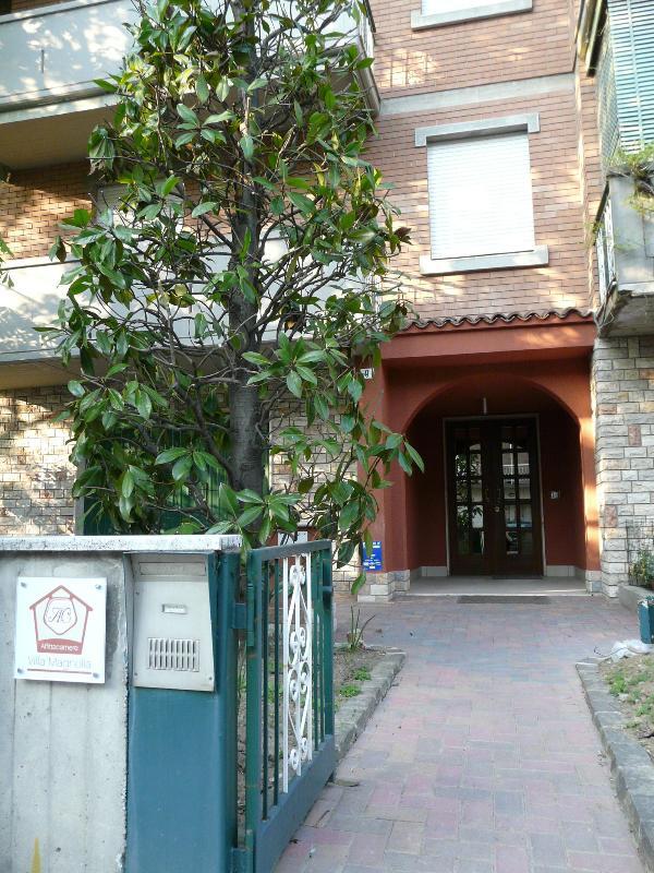 entrance - Villa Magnolia affittacamere / studio apartmens - Baggiovara - rentals