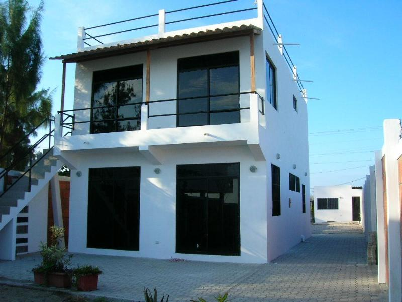 House with beautiful view to the beach. - Image 1 - Playas - rentals