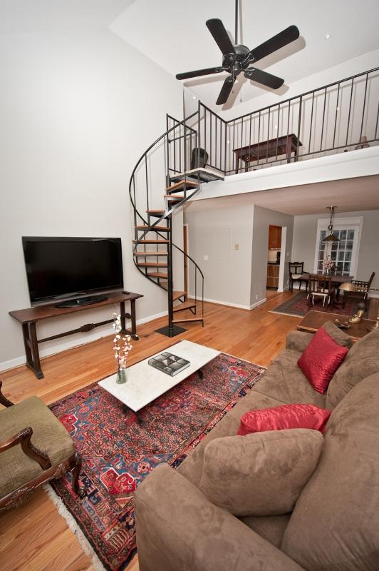Living Room and staircase to Loft - WWII era large 2 bedroom+loft unit near Pentagon - Arlington - rentals