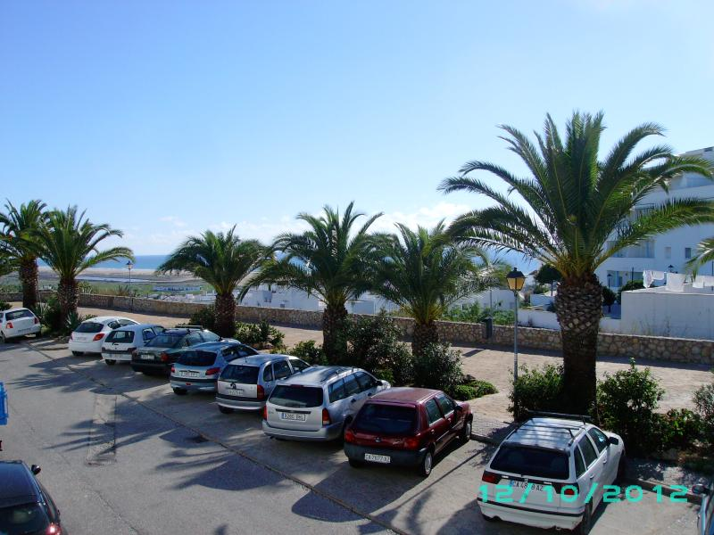 view from main bedroom balcony - 2 bedroom town house centre Conil - Conil de la Frontera - rentals